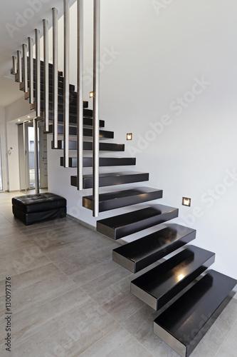 architecture escalier moderne intérieur maison design – kaufen Sie ...