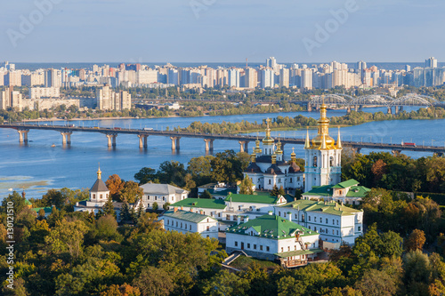 Fotobehang Kiev View of Kiev Pechersk Lavra and Dnepr river. Kiev, Ukraine.