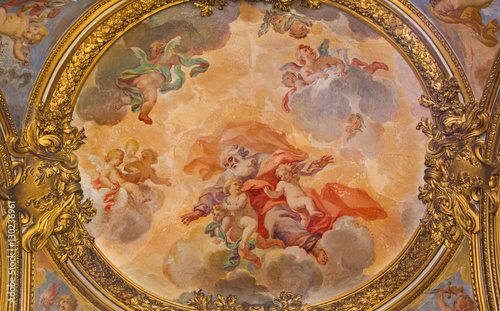 Valokuva  ROME, ITALY - MARCH 9, 2016: The fresco Glory of angels in church Chiesa di San Silvestro in Capite by Lucovico Gimignani (1688 - 1690)