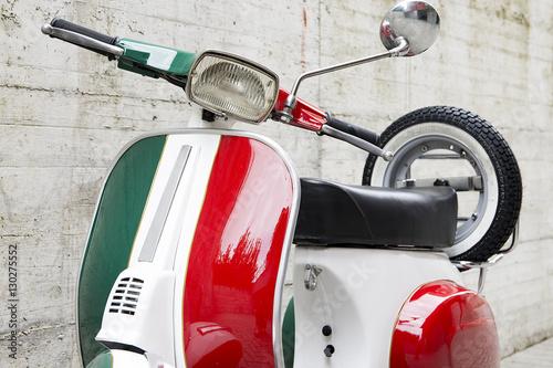 Motorino italiano d'epoca