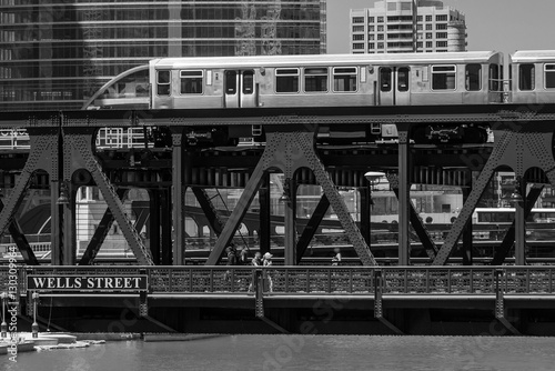 Train in downtown Chicago chicago, train, street, outdoors, usa, плакат