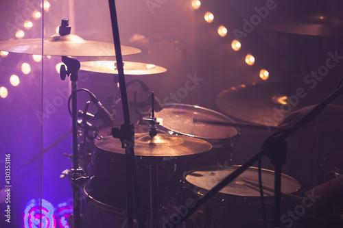 Plakat Muzyczny fotografii tło, rockowy bębenu set
