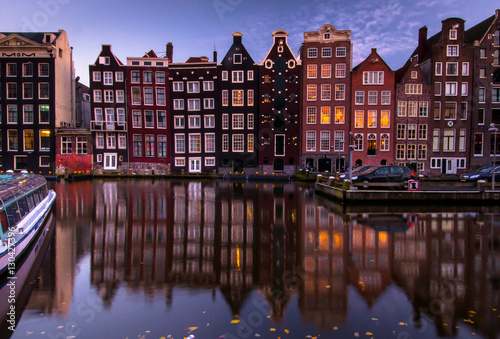 Photo sur Toile Canal Amsterdam night city view