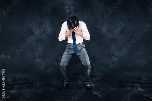 Fotografía  問題を抱える男性