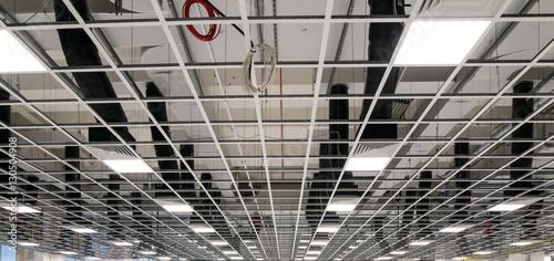 Fotobehang Industrial geb. Soffitto di edificio industriale