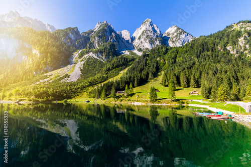 Fotografía  Tranquil summer scene on the Vorderer Gosausee lake in the Austrian Alps