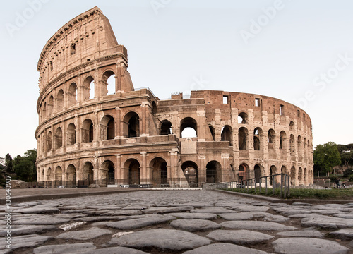 Cuadros en Lienzo Rome Coliseum with Roman road in front during day full view