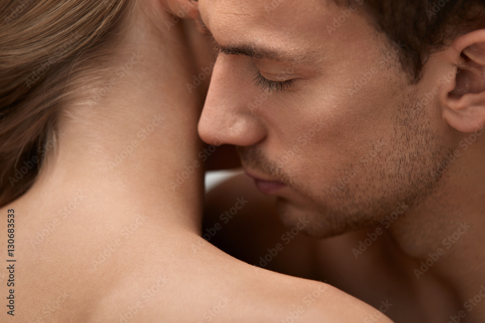 Fototapety, obrazy: Skin Smell. Closeup Of Male Smelling Female Skin. Body Cosmetics
