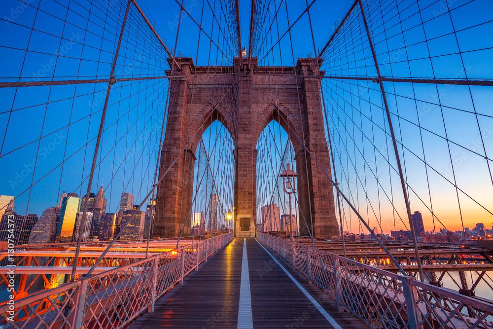 Fototapety, obrazy: Brooklyn Bridge in New York City. Cityscape image of Brooklyn Bridge with Manhattan skyline in the background.