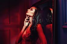 Seductive Brunette Woman In Th...