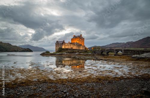 Foto op Plexiglas Kasteel Eilean Donan Castle