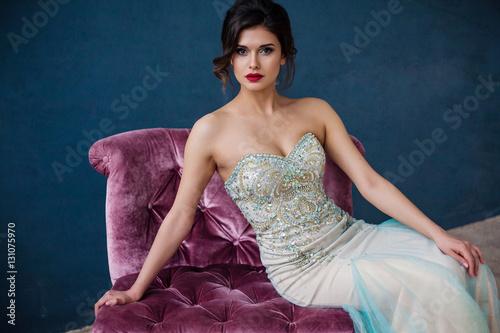 Fotografia Fashion photo of beautiful lady in elegant evening dress
