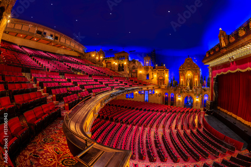 Photo sur Aluminium Opera, Theatre Interior of the Louisville Palace theater in Louisville, Kentucky