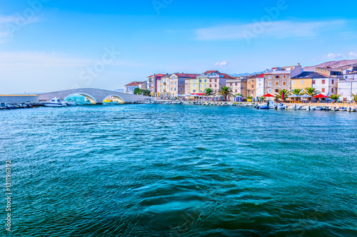 Foto  Pag town waterfront view