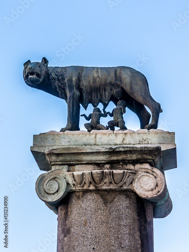 Fotografia, Obraz The Capitoline Wolf: Statue of the she-wolf suckling Romulus and