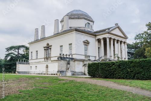 Fotografie, Obraz  Chiswick House - Palladian villa (1729) in Chiswick, London, UK.