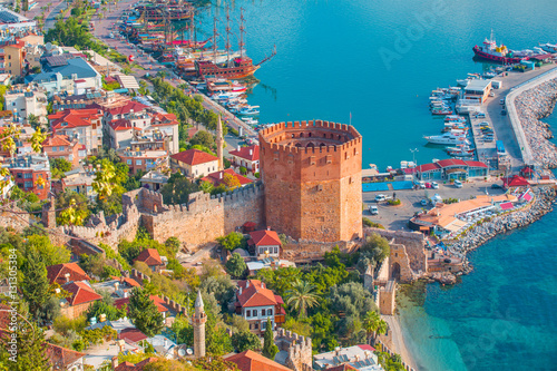 Fotografie, Obraz Landscape with marina and Kizil Kule tower in Alanya peninsula, Antalya district