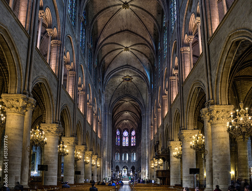 Carta da parati  Inside Notre Dame Cathedral:  Light Edit with NR