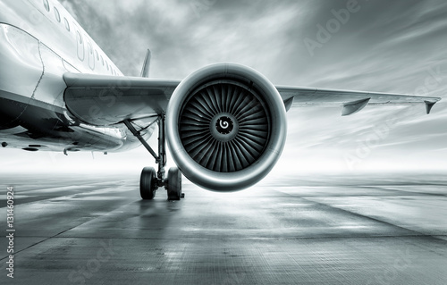 Fotografering  turbine of an airliner