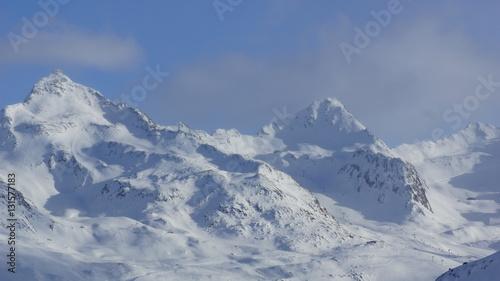Foto auf Gartenposter Gebirge schöner Winter und viel Schnee im Skigebiete am Hochgurgl im Oetztal