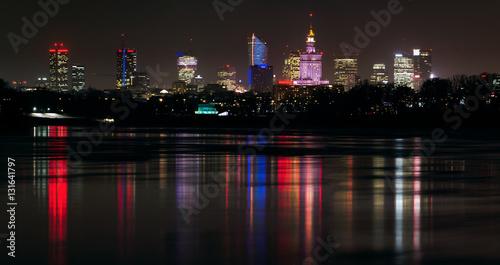 Panorama Warszawy w nocy - fototapety na wymiar