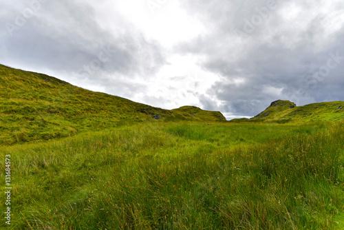 Foto auf Gartenposter Hugel Irland - Anfahrt zu den Klippen von Slieve League
