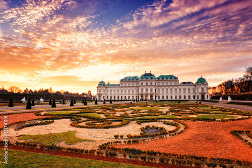Fototapeta Belvedere, Vienna, view of Upper Palace and beautiful royal garden in sunrise li