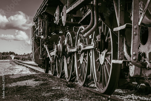 Fotografia  Wheels of the old steam train