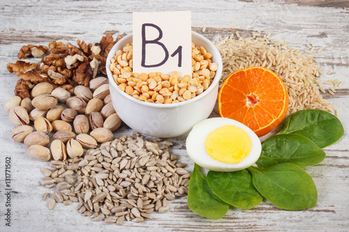 Fotografia  Products and ingredients containing vitamin B1 and dietary fiber, healthy nutrit