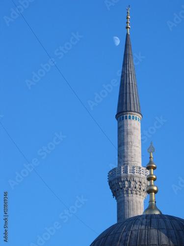 Fotografia  The minaret of the mosque