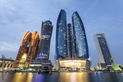 Spoed Foto op Canvas Abu Dhabi Etihad Towers in Abu Dhabi, UAE