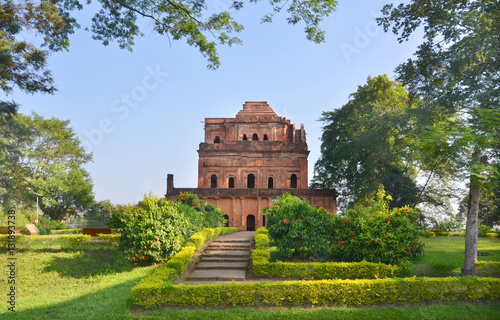 Photo Kareng Ghar  royal palace  in Sivasagar, in Upper Assam, India
