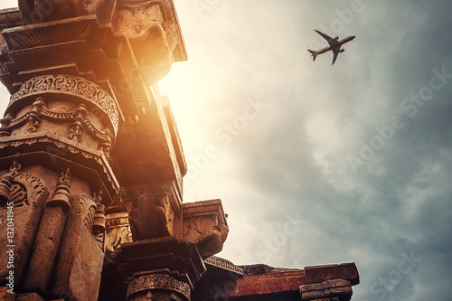 Foto op Canvas Delhi Pillars of the temple complex Qutb Minar on the Sky View , New Delhi, India