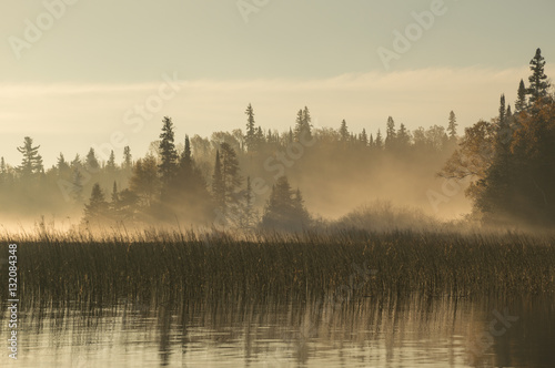 Foto auf Gartenposter Morgen mit Nebel Dawn on the river in Northern Ontario