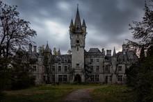 Miranda Castle Urbex Building