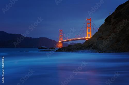 Plakat Golden Gate Bridge przy piekarz plażą, San Fransisco, Kalifornia, usa