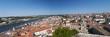 Portogallo, 28/03/2012: lo skyline di Coimbra, la quarta città più grande del Paese, con vista panoramica sui tetti rossi, palazzi e gli edifici della città vecchia vista dalla collina dell'Università
