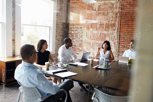 Fototapety, obrazy: Group Of Businesspeople Meeting In Modern Boardroom
