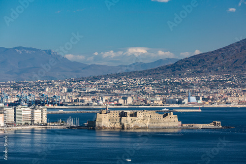 Foto op Plexiglas Napels Aerial view of the famous seaside castle in the Naples bay