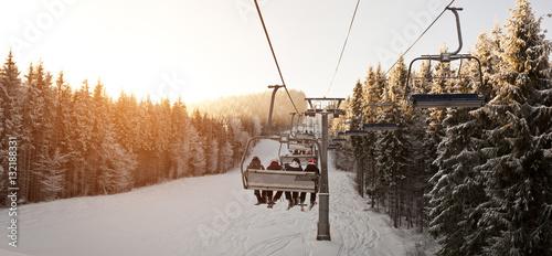fototapeta na lodówkę Ski-lift