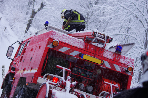 Papel de parede pompiers - intervention en hiver