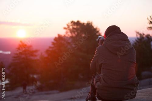 Fototapety, obrazy: Photographing Sunrise