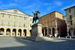 Statua Carlo Magno Piazza Mazzini