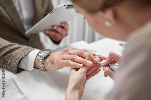 Photo sur Toile Manicure manicure for man