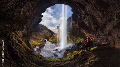 Tuinposter Watervallen Man and Nature - ICELAND