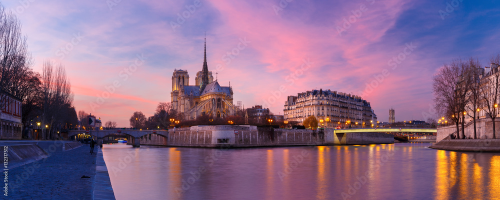 Fototapety, obrazy: Picturesque grandiose sunset over Cathedral of Notre Dame de Paris, France. Panorama
