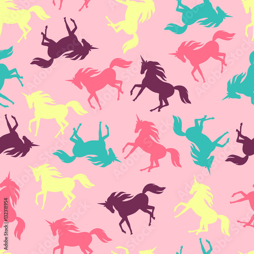 Realistic unicorn silhouette seamless pattern. Wallpaper Mural