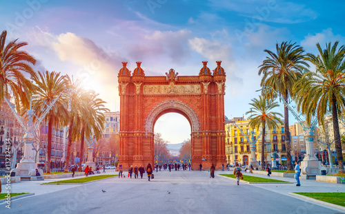 Photo sur Aluminium Barcelone BARCELONA,SPAIN/FEBRUARY 27,2012: Triumphal Arch