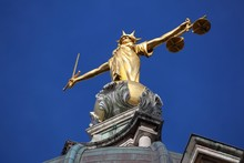 Justice Statue - Old Bailey, London