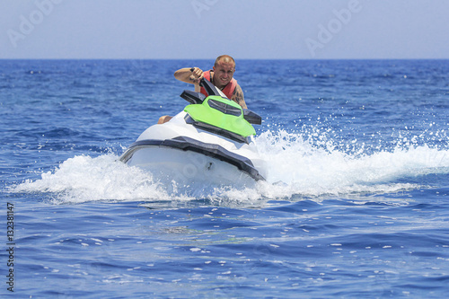 Poster Nautique motorise Having fun on a jet-ski